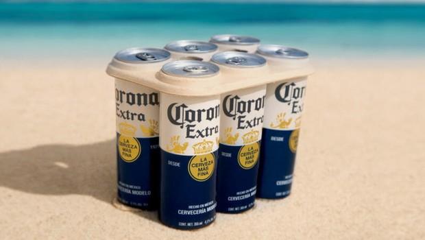 Anel de engradado da cerveja Corona feito de fibras biodegradáveis à base de plantas.